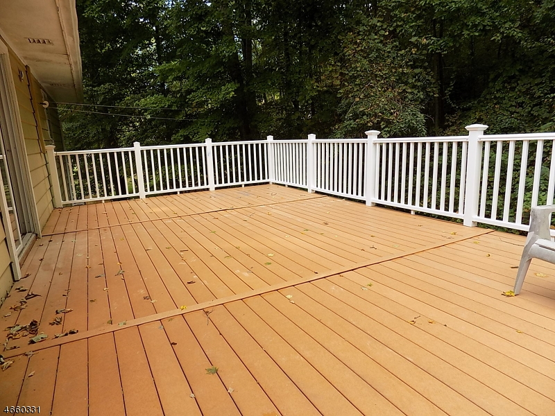 Additional photo for property listing at 95 Longwood Lake Road  Oak Ridge, Nueva Jersey 07438 Estados Unidos