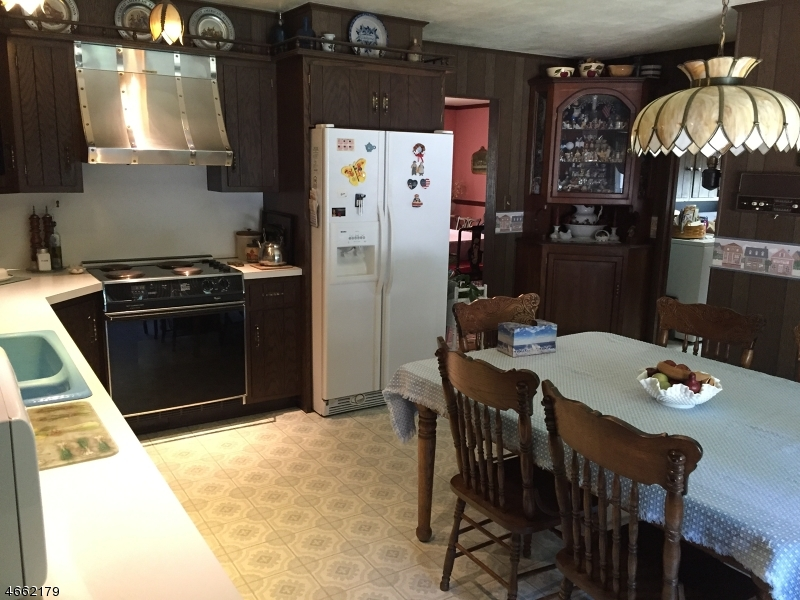 Additional photo for property listing at 19 State Route 94  Lafayette, New Jersey 07848 États-Unis