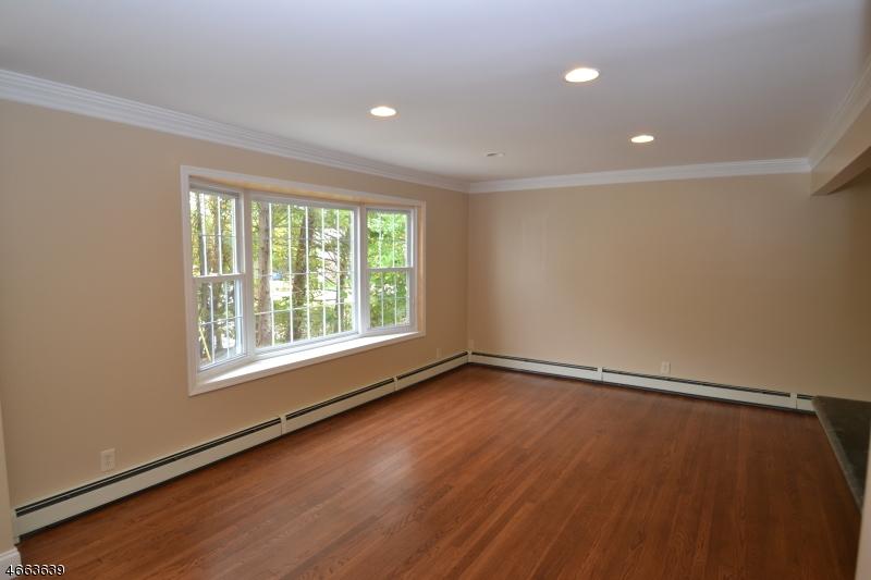 Additional photo for property listing at 82 White Meadow Road  Rockaway, Нью-Джерси 07866 Соединенные Штаты