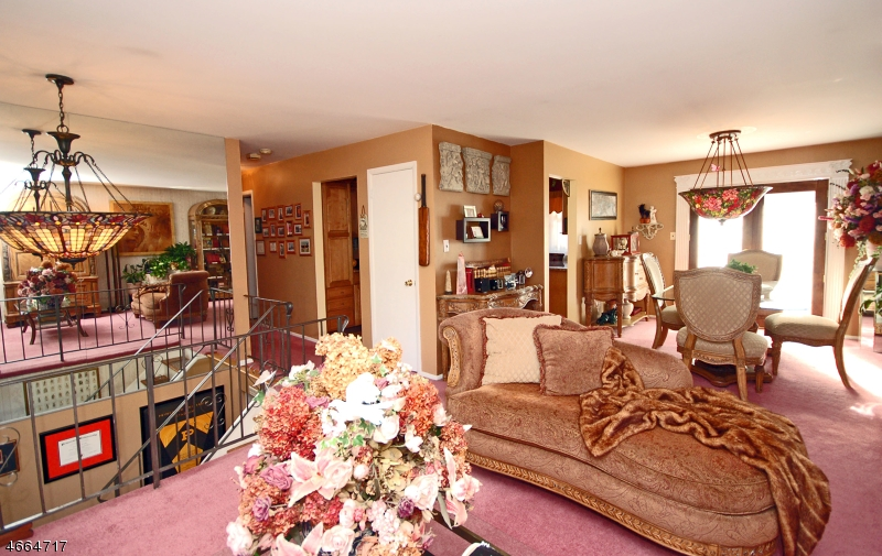 Additional photo for property listing at Address Not Available  Piscataway, New Jersey 08854 États-Unis