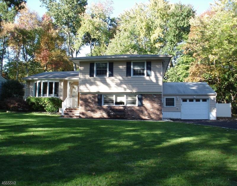 Maison unifamiliale pour l à louer à 29 Midvale Drive New Providence, New Jersey 07974 États-Unis