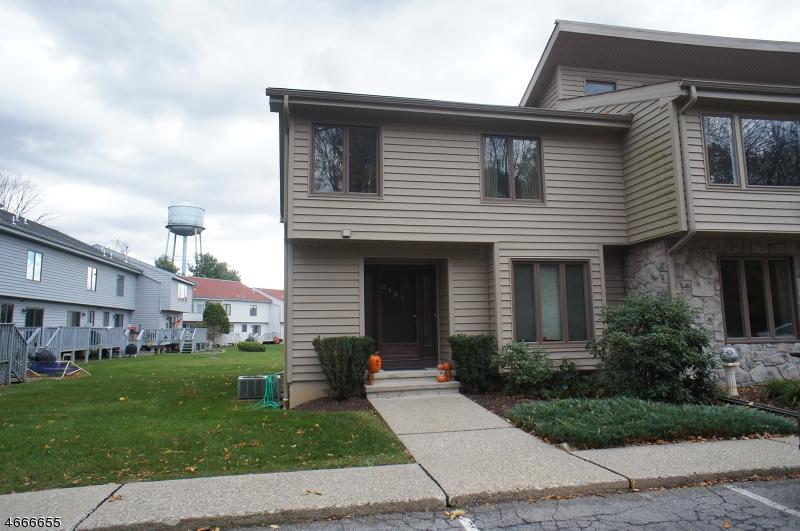 Частный односемейный дом для того Аренда на 215 Cherokee Road Lafayette, Нью-Джерси 07848 Соединенные Штаты