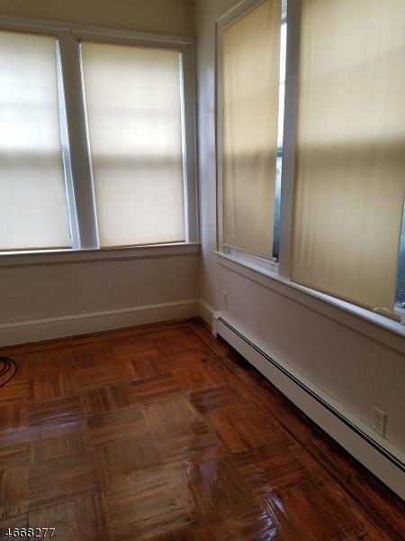 独户住宅 为 出租 在 Address Not Available Irvington, 新泽西州 07111 美国