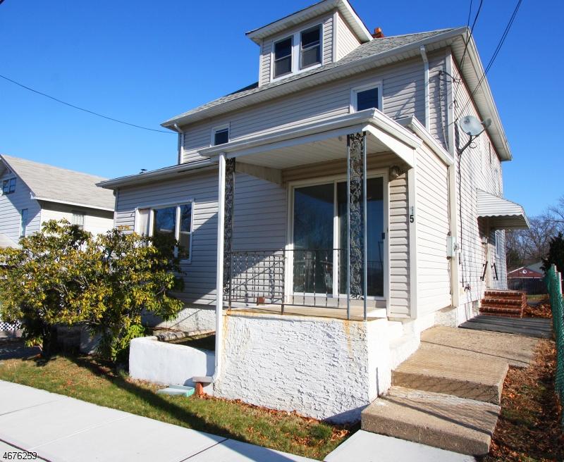 Maison unifamiliale pour l Vente à 15A CHURCH Street Netcong, New Jersey 07857 États-Unis