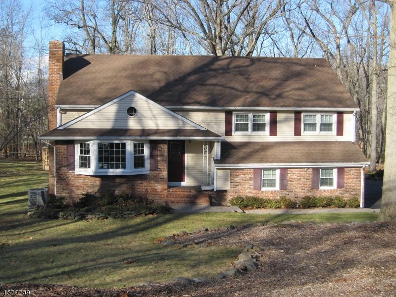 独户住宅 为 出租 在 21 Red Hill Road Warren, 新泽西州 07059 美国