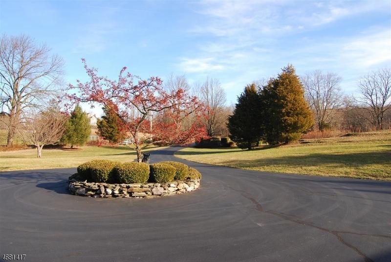 Частный односемейный дом для того Продажа на 148 Cedar Lake Road Blairstown, 07825 Соединенные Штаты