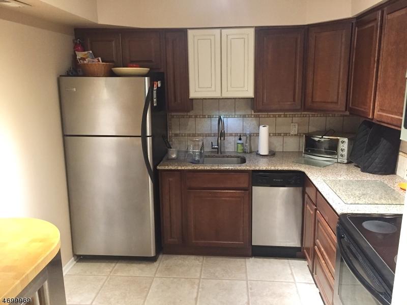 Maison unifamiliale pour l à louer à 3006 Revere Court Hillsborough, New Jersey 08844 États-Unis