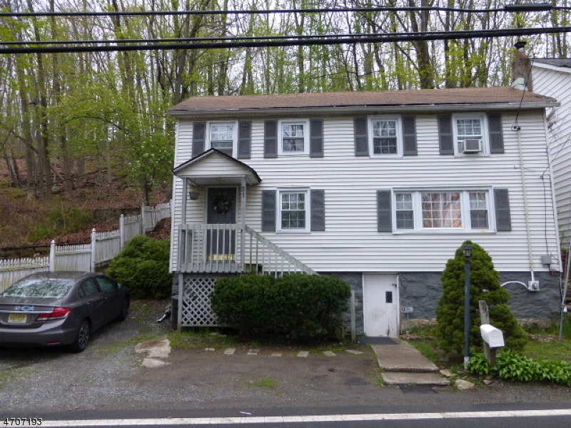 Single Family Home for Rent at 91 Millbrook Avenue Dover, New Jersey 07801 United States
