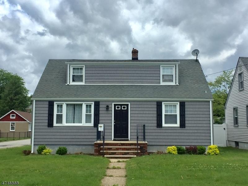 Casa Unifamiliar por un Alquiler en 111 Fairchild Avenue Morris Plains, Nueva Jersey 07950 Estados Unidos