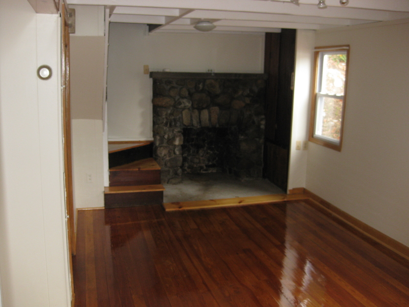 Additional photo for property listing at 2 Woods Drive 2 Woods Drive Byram Township, New Jersey 07821 États-Unis
