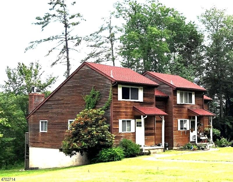 Casa Unifamiliar por un Venta en 617-A SLEEPY HOLLOW Road Montague, Nueva Jersey 07827 Estados Unidos
