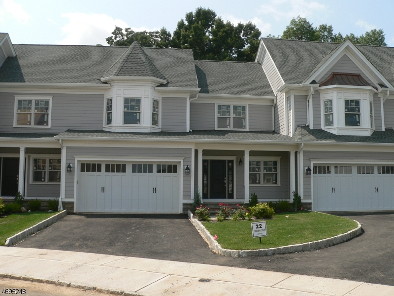 Single Family Home for Sale at 22 Park View Drive 22 Park View Drive Warren, New Jersey 07059 United States