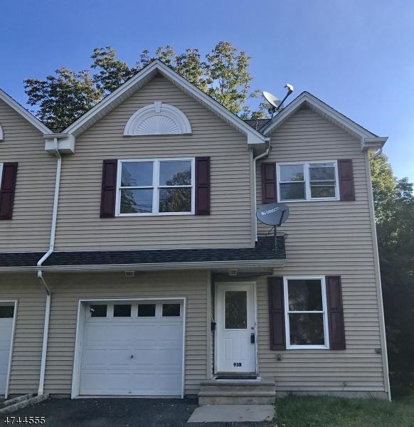 独户住宅 为 出租 在 93 B Trinity Street 牛顿, 新泽西州 07860 美国