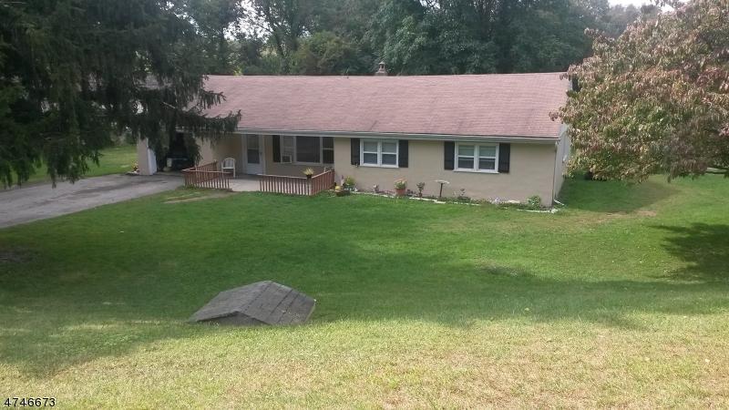 Maison unifamiliale pour l à louer à 32 Yates Ave , Andover, New Jersey 07860 États-Unis