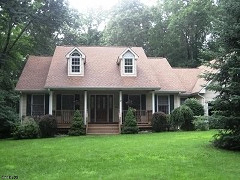 Частный односемейный дом для того Аренда на 39 Longview Avenue Randolph, Нью-Джерси 07869 Соединенные Штаты