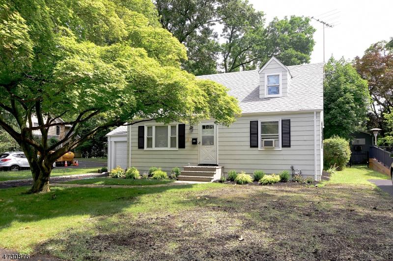 Maison unifamiliale pour l à louer à 225 Westfield Road Scotch Plains, New Jersey 07076 États-Unis