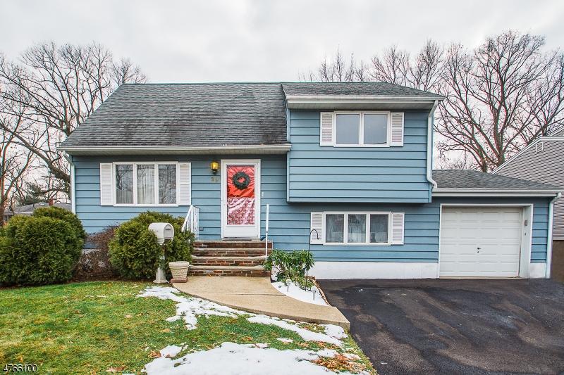 独户住宅 为 销售 在 29 Jamros Ter 德尔布鲁克, 新泽西州 07663 美国