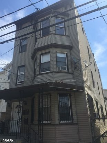 多戶家庭房屋 為 出售 在 107 Highland Avenue Newark, 新澤西州 07104 美國