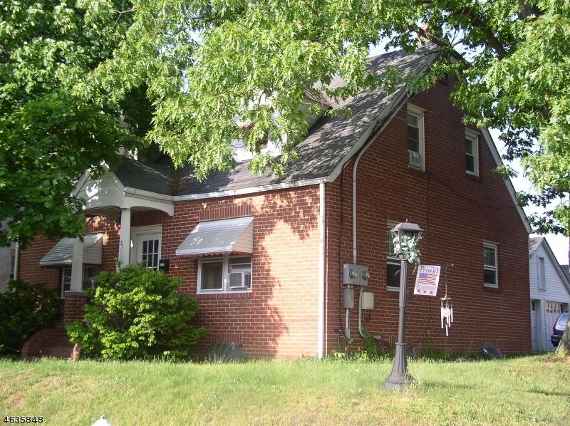Casa multifamiliare per Vendita alle ore 31 S 9th Avenue Manville, New Jersey 08835 Stati Uniti