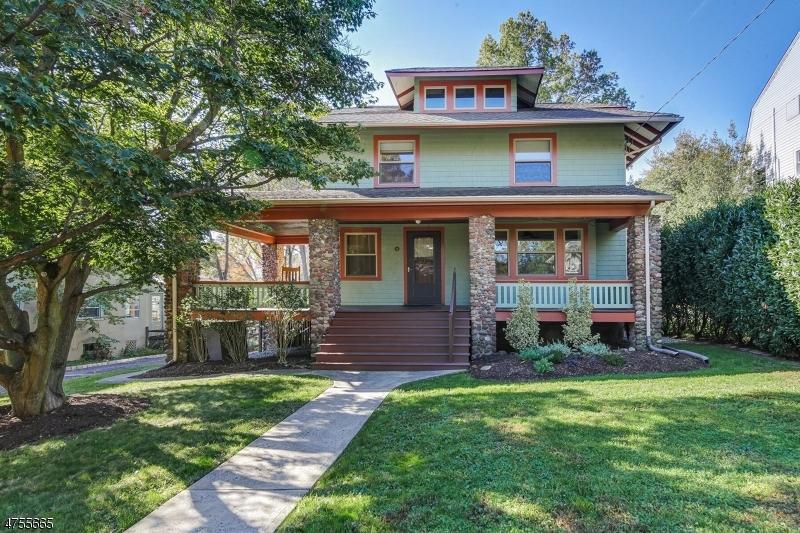 Maison unifamiliale pour l Vente à 18 WINTHROP PLACE Maplewood, New Jersey 07040 États-Unis