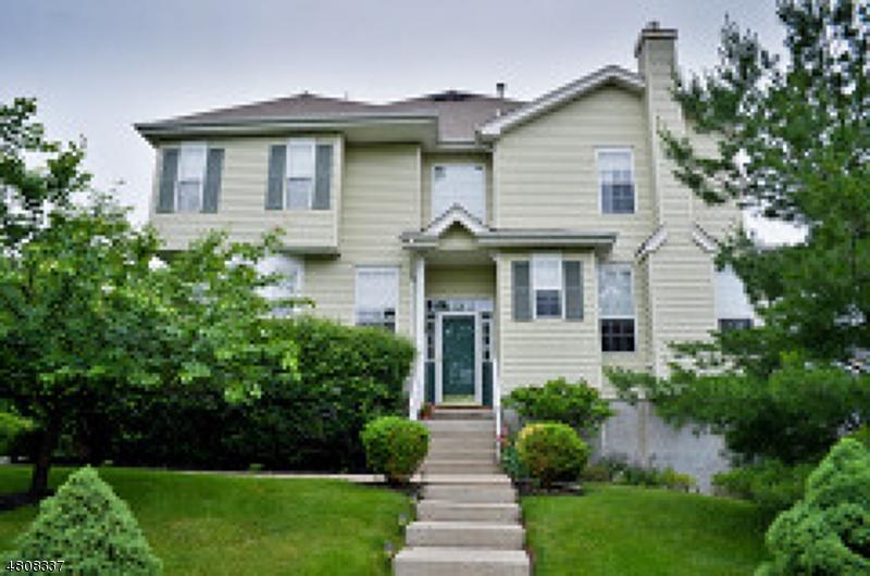 Condo / Townhouse pour l à louer à 1 Worthington Terrace Raritan, New Jersey 08822 États-Unis