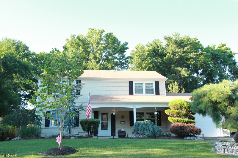 단독 가정 주택 용 매매 에 63 CYPRESS Lane Aberdeen, 뉴저지 07747 미국