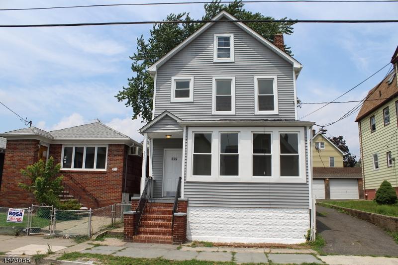 Casa Multifamiliar por un Venta en 255 DEVON Street Kearny, Nueva Jersey 07032 Estados Unidos