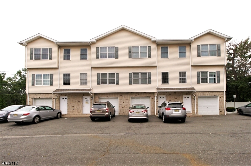 Condo / Townhouse for Sale at 596 HARRISON AVE UNIT 2 Lodi, New Jersey 07644 United States