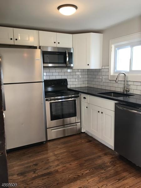 独户住宅 为 出租 在 106 Mountain Avenue 哈克特斯镇, 新泽西州 07840 美国