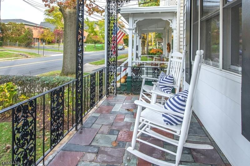 Maison unifamiliale pour l à louer à 598 SPRINGFIELD Avenue Summit, New Jersey 07901 États-Unis