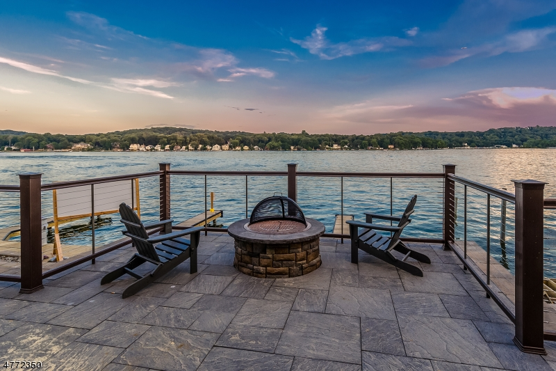 Condominium for Sale at 504 MARINERS POINTE Hopatcong, New Jersey 07843 United States