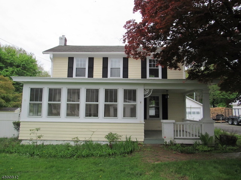 Single Family Home for Sale at Oxford, New Jersey 07863 United States