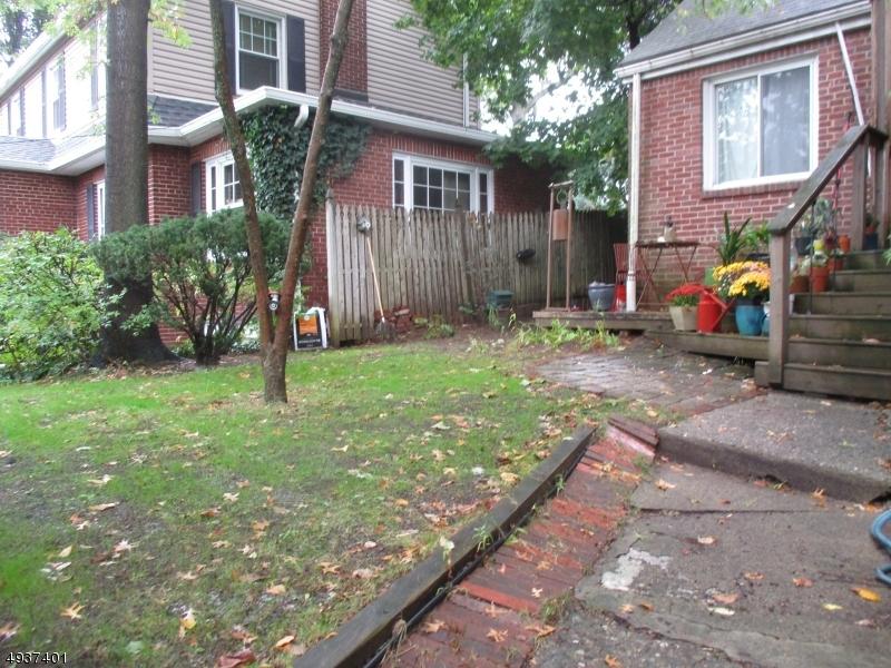Single Family Homes für Verkauf beim Leonia, New Jersey 07605 Vereinigte Staaten