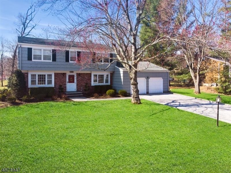 Single Family Homes por un Venta en Oakland, Nueva Jersey 07436 Estados Unidos