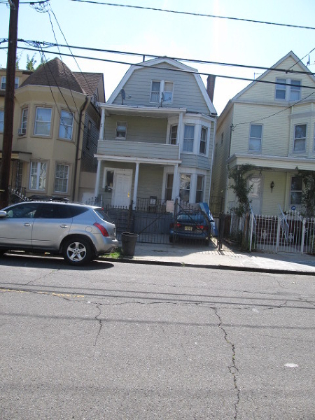 Additional photo for property listing at 157 N 9th Street  Newark, New Jersey 07107 États-Unis