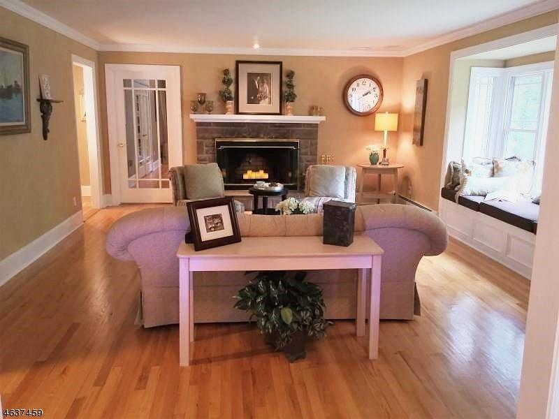 Additional photo for property listing at 438 Pepperidge Tree Lane  Butler, Нью-Джерси 07405 Соединенные Штаты