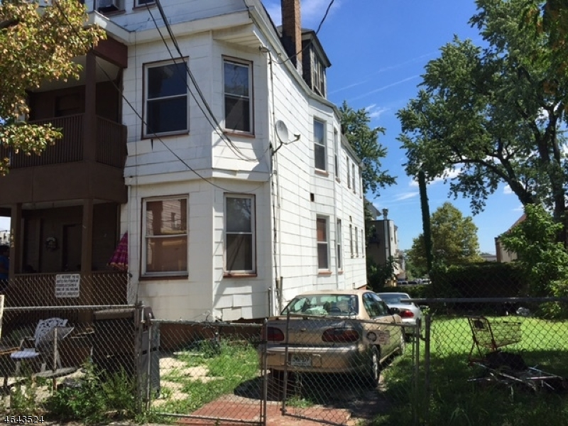 Additional photo for property listing at 142-144 CHADWICK Avenue  Newark, Nueva Jersey 07108 Estados Unidos