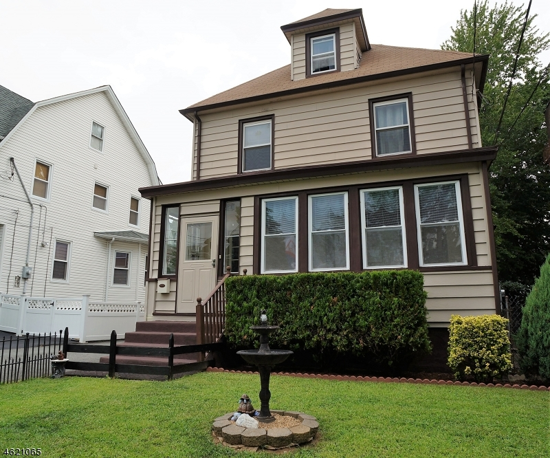 Single Family Home for Sale at 17 Osborne Street Bloomfield, New Jersey 07003 United States
