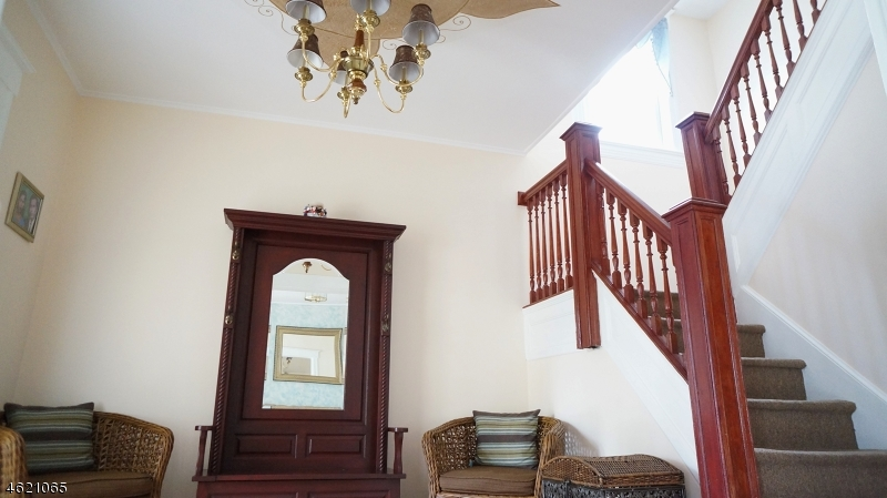 Additional photo for property listing at 17 Osborne Street  Bloomfield, New Jersey 07003 United States