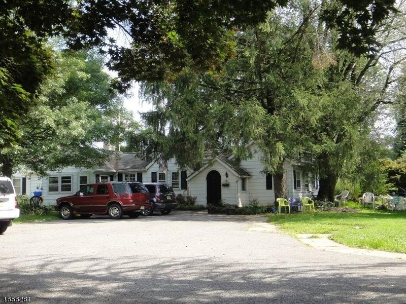 Частный односемейный дом для того Продажа на 318 Old York Road Flemington, 08822 Соединенные Штаты