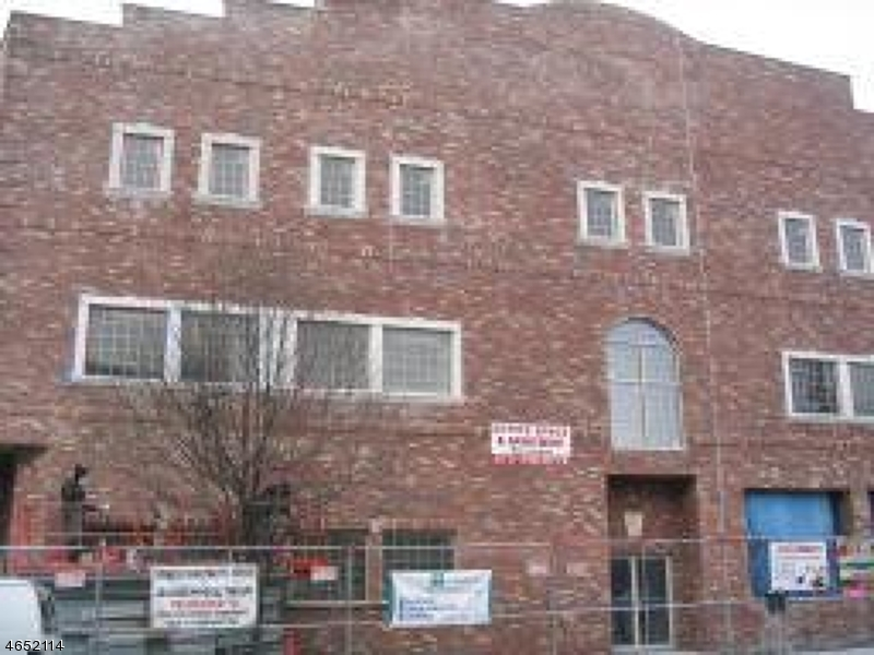 Commercial for Sale at 918-922 MAIN Street Paterson, New Jersey 07503 United States