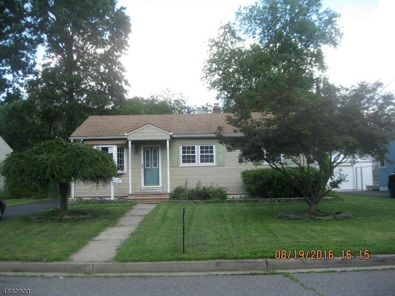 Maison unifamiliale pour l Vente à Address Not Available Middlesex, New Jersey 08846 États-Unis