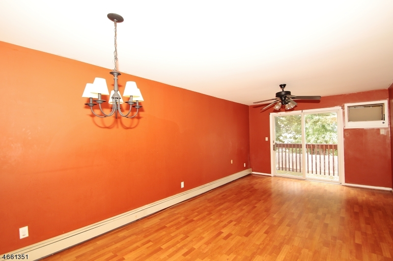 Additional photo for property listing at 38 Home Place  Bergenfield, New Jersey 07621 United States