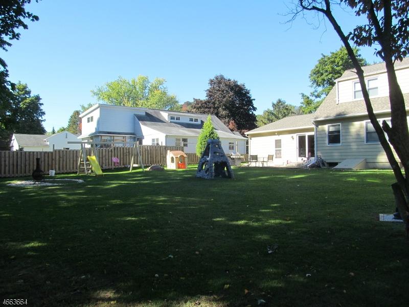 Additional photo for property listing at 304 E Baldwin Street  Hackettstown, Нью-Джерси 07840 Соединенные Штаты