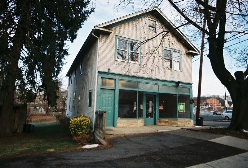 Casa Multifamiliar por un Venta en 57 Youmans Avenue Washington, Nueva Jersey 07882 Estados Unidos