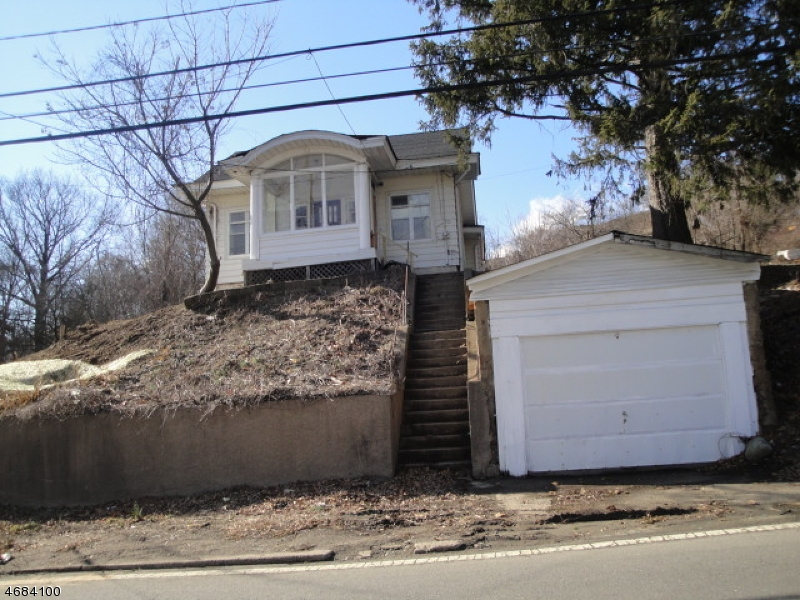 Single Family Home for Rent at 300 CENTRAL Avenue Haledon, New Jersey 07578 United States