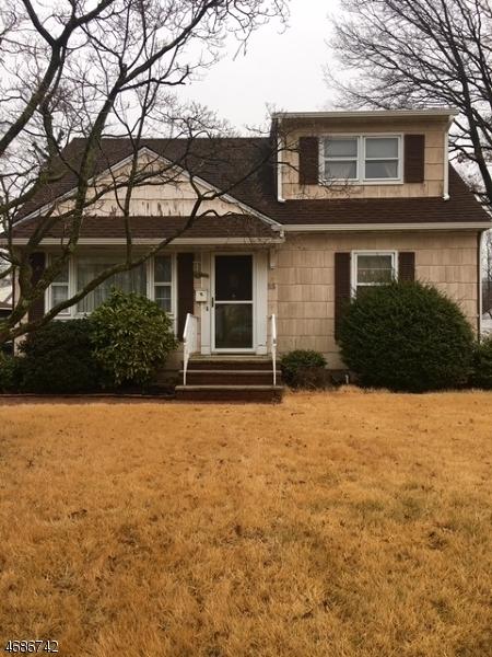Maison unifamiliale pour l à louer à 55 Dawn Drive Clark, New Jersey 07066 États-Unis