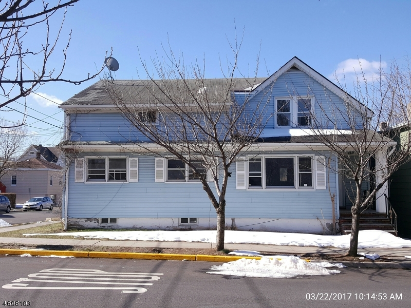 Casa Multifamiliar por un Venta en 54 Streetrong Street Wallington, Nueva Jersey 07057 Estados Unidos