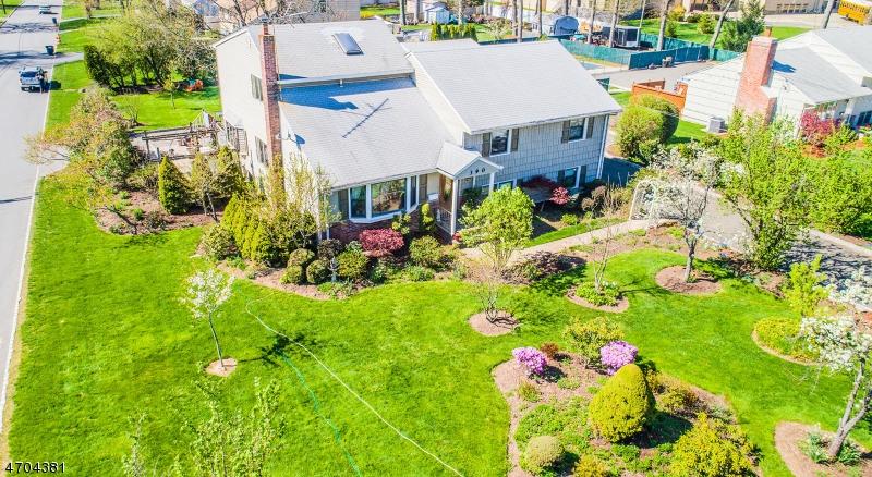 Частный односемейный дом для того Продажа на 390 Ridgedale Avenue East Hanover, 07936 Соединенные Штаты