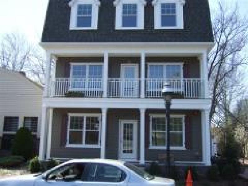 Casa Unifamiliar por un Alquiler en 4 Centennial Avenue Cranford, Nueva Jersey 07016 Estados Unidos